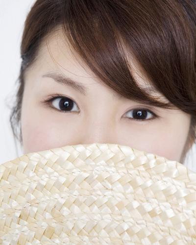 二重瞼に簡単になる5つの方法