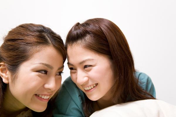 女の子同士で話す時に盛り上がる6つのネタ